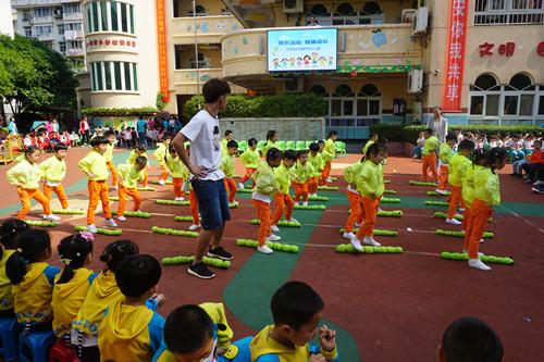 幼儿器械操是幼儿园健康的重要